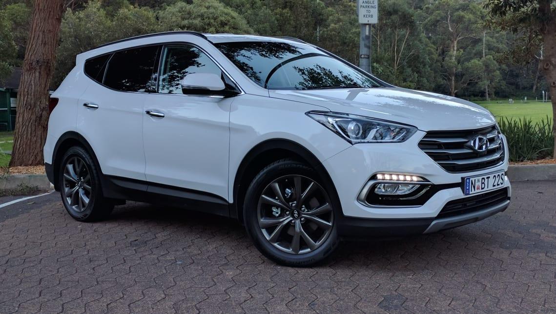 2017-Hyundai-Sant-Fe